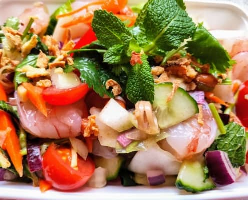Yam Salmon Thod Samoon Prai